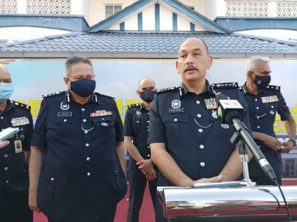 Polis Perak pantau 'posting' antivaksin bekas pelakon